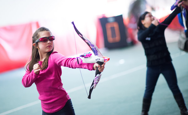 Bow and arrow toy for girls